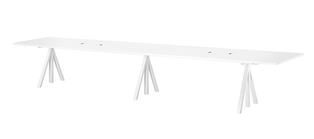 Height-adjustable conference tables